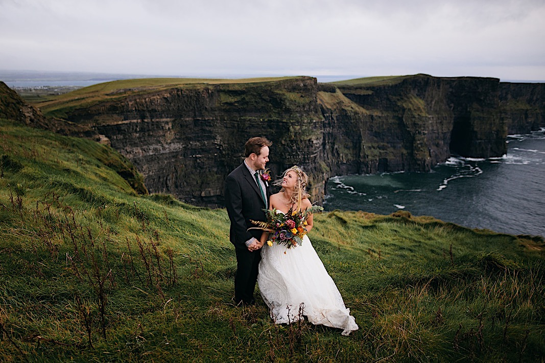 Wedding at the sea cliffs of Ireland photographed by Chattanooga photographer Jaime Smialek